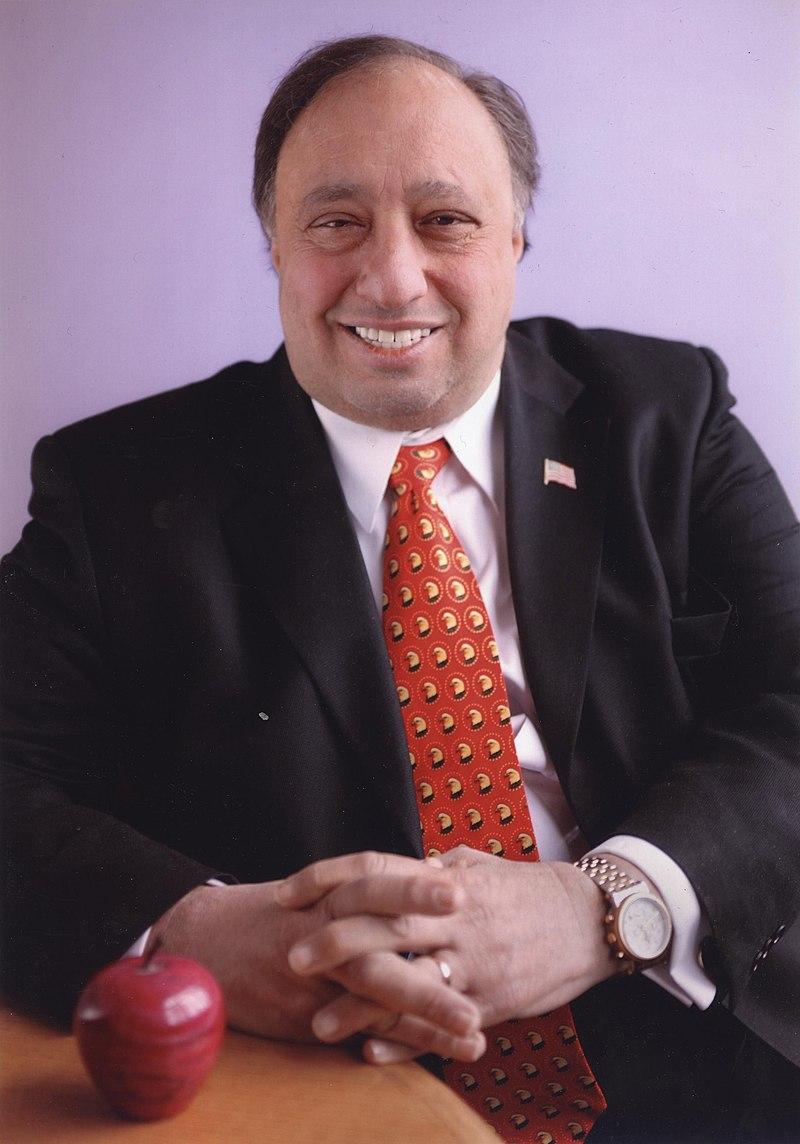Τζον Κατσιματίδης